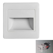 LED Stubišna svjetiljka STEP LIGHT LED/1,5W/230V srebrna
